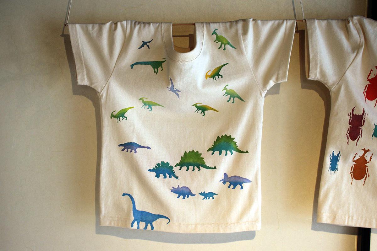 男子Tシャツ・恐竜