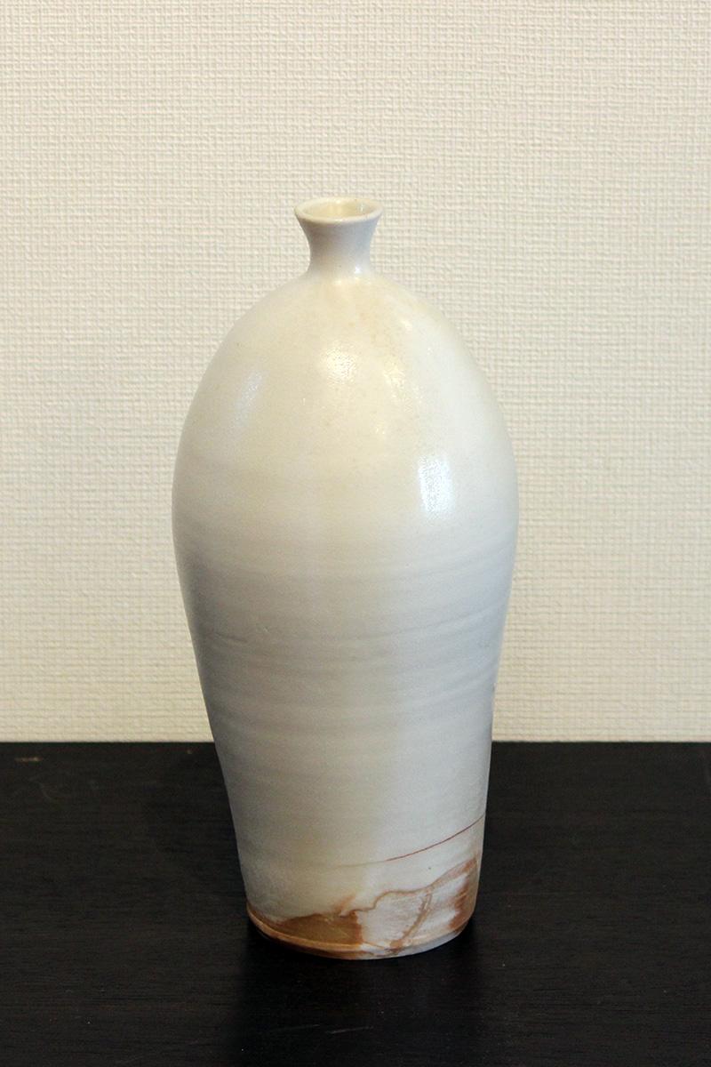 白磁焼〆瓶